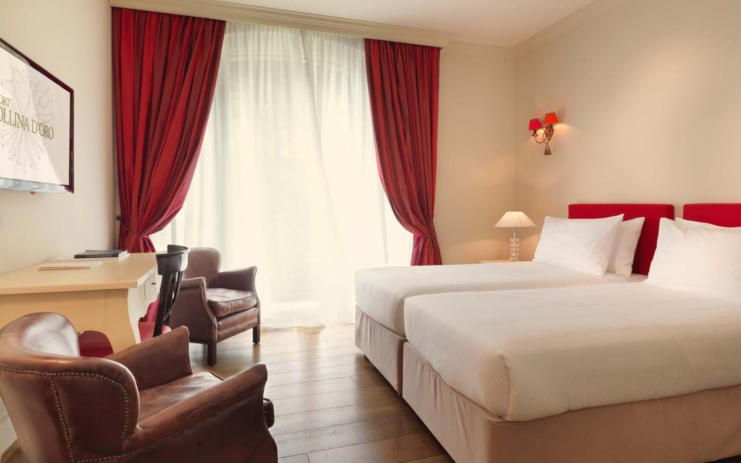 Resort_Collina_D-Oro_double_room_superior_01
